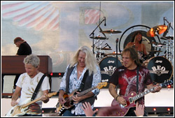 REO Speedwagon at the Waukesha County Fair - July 19, 2009
